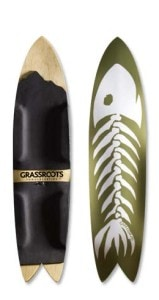 Grassroots Powdersurfing Phish 140cm 3D. 3 Dimensional based surf inspired bindingless powder board.
